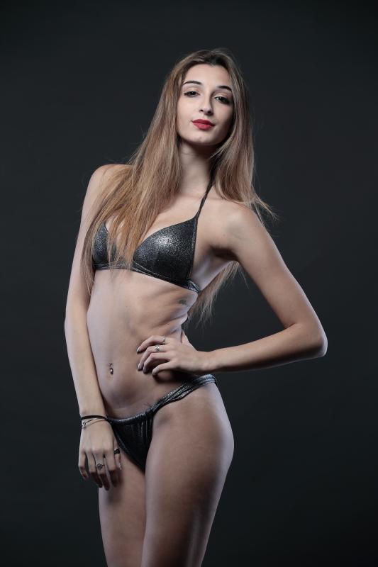 Creative-Models-Agenzia-di-Modelle-Brescia-Nunzia-16.jpg