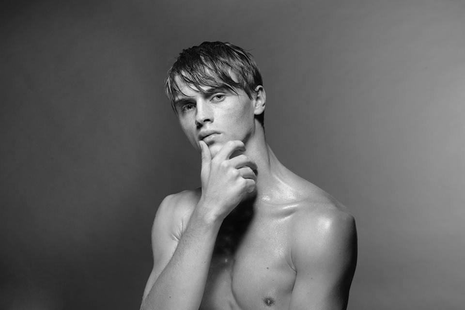 Creative-Models-Agenzia-di-Modelle-Brescia-Modelli-Rostislav-02
