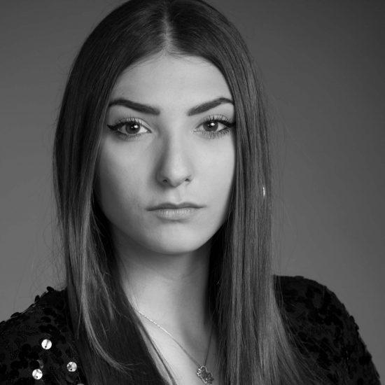 Julia-M-Fotomodella-Creative-Models-Agenzia-Modelle-Brescia