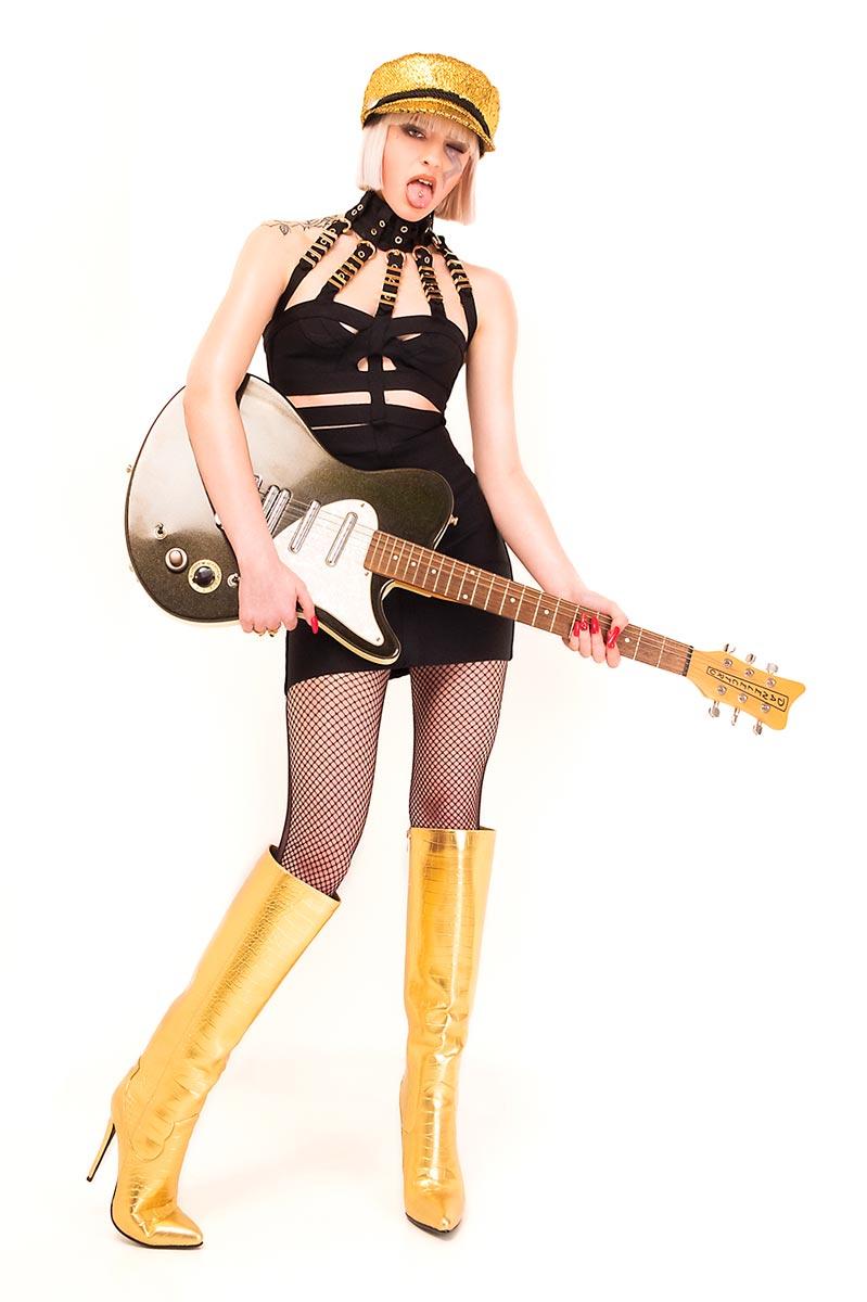 Jenny T - Modella - Creative Models - Agenzia Modelle Brescia