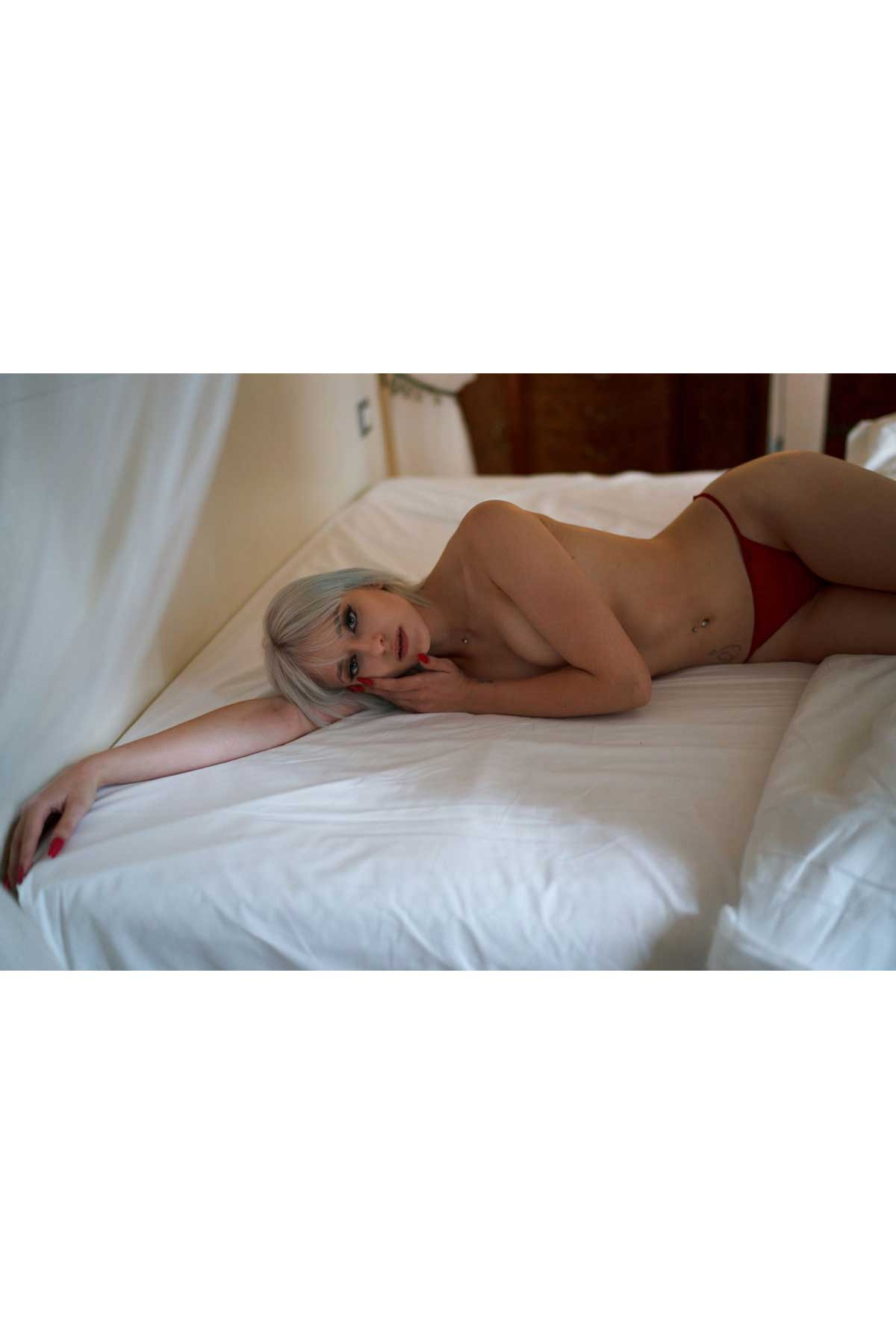 Jenny T - Fotomodella - Creative Models - Agenzia Modelle Brescia