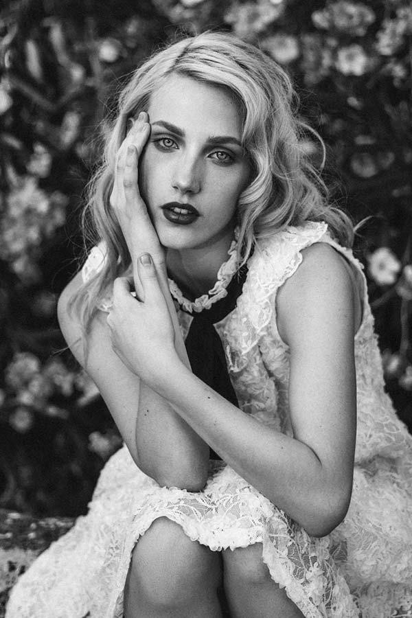 Roberta-M-Fotomodella-Creative-Models-Agenzia-Modelle-Brescia-11