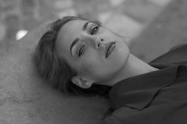 Roberta-M-Fotomodella-Creative-Models-Agenzia-Modelle-Brescia-12