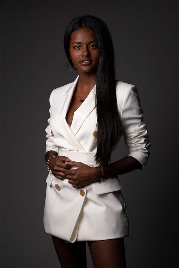 Sara S - Fotomodella -Creative Models - Agenzia Fotomodelle Brescia