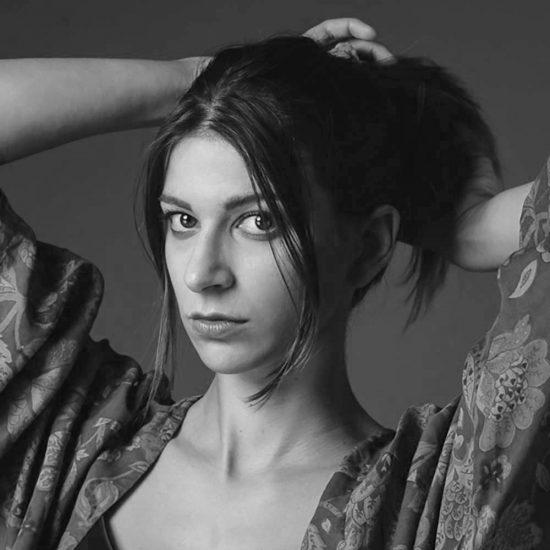 Ester S - Modella Creative Models Agenzia - Modelle -Brescia