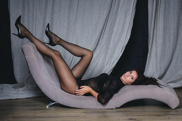 Natalia U - Manista Piedista - Creative Models Agenzia -Modelle - Brescia