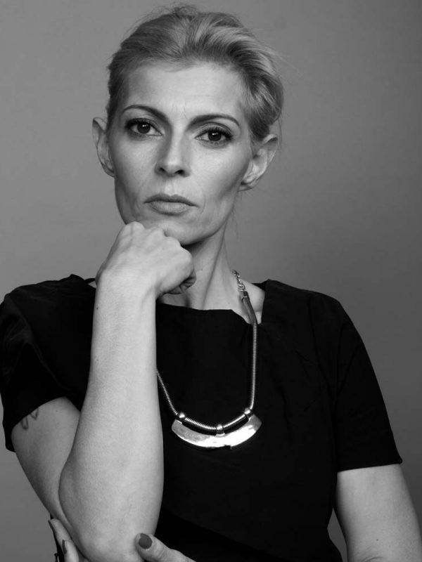 Ramona - Creative Models - Agenzia Modelle Brescia - OVER 40