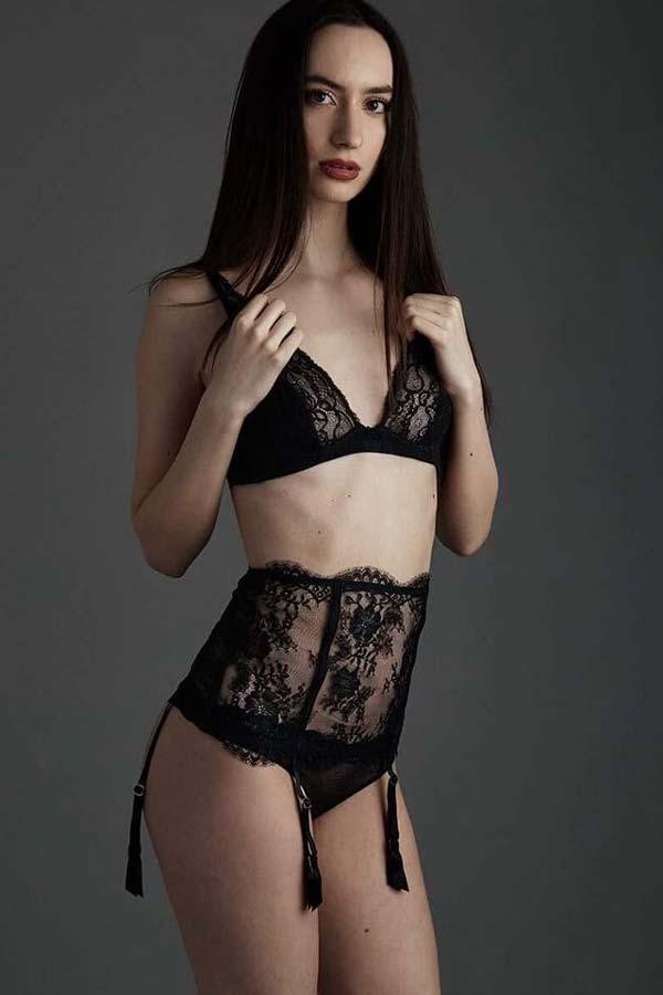 Creative Models - Agenzia Modelle Brescia - Alessia D