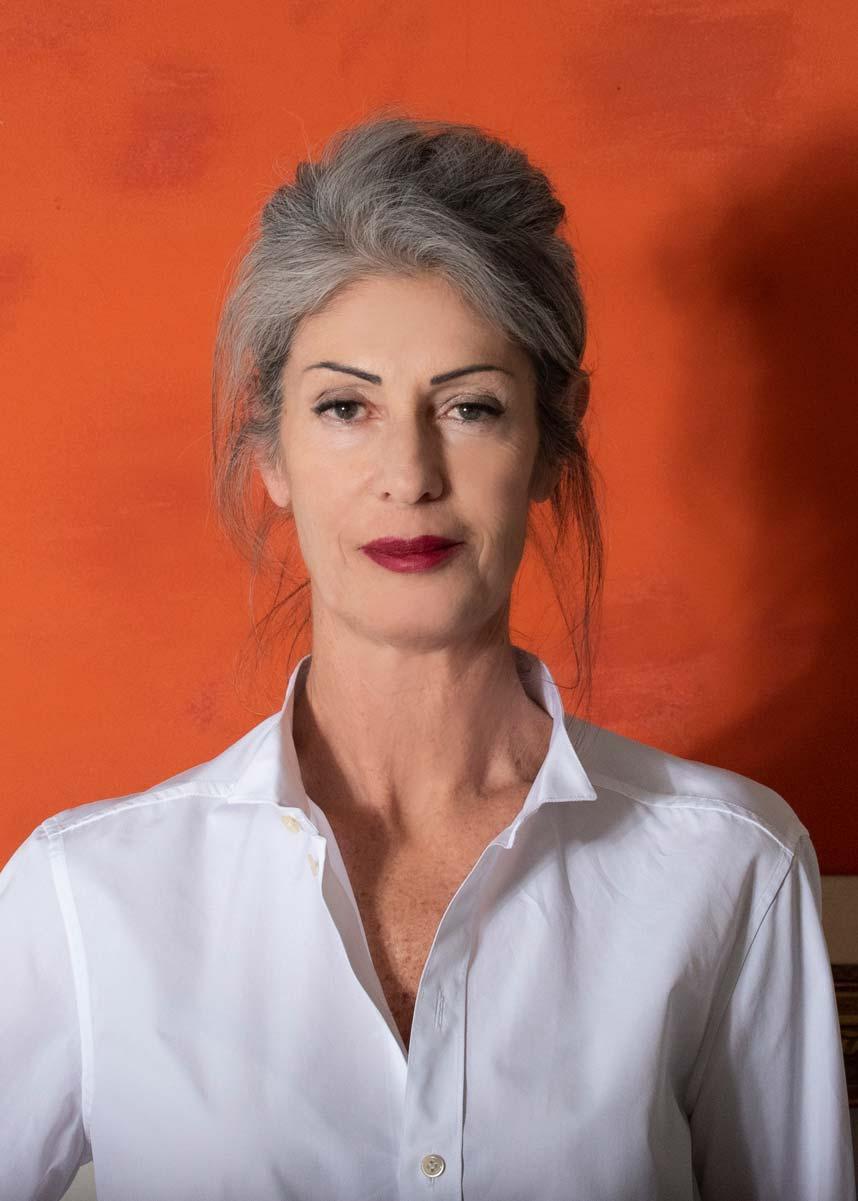 Isabella-International-Photomodel-Over-50-Actress-Agency-Paris