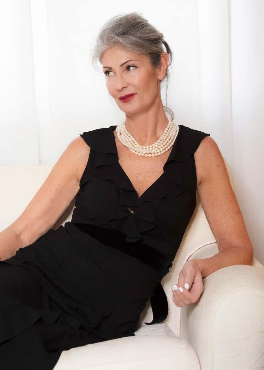 Isabella-International-Photomodel-Over-60-Actress-Agency-Cosmopolitan-Vogue-Marie-Claire-Grazia-Glamour-Elle-Bazaar-New-York