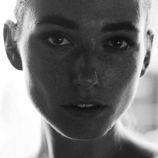 Anna-International-Photomodel-Agency-Cosmopolitan-Vogue-Marie-Claire-Grazia-Elle-Bazaar-Paris
