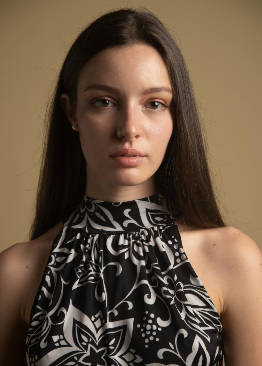 Arianna-Fotomodella-Creative-Models-Agenzia-Modelle-Londra