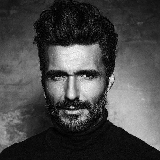 Francesco-Photomodel-Over-Model-Gray-Male-Model-Tokyo