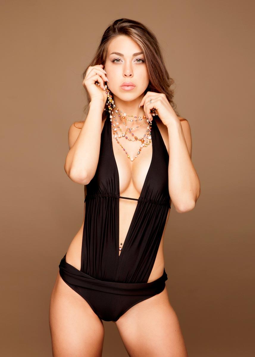Gemma-International-Photomodel-Agency-Cosmopolitan-Vogue-Marie-Claire-Grazia-Glamour-Elle-Bazaar-Dubai-La-Perla