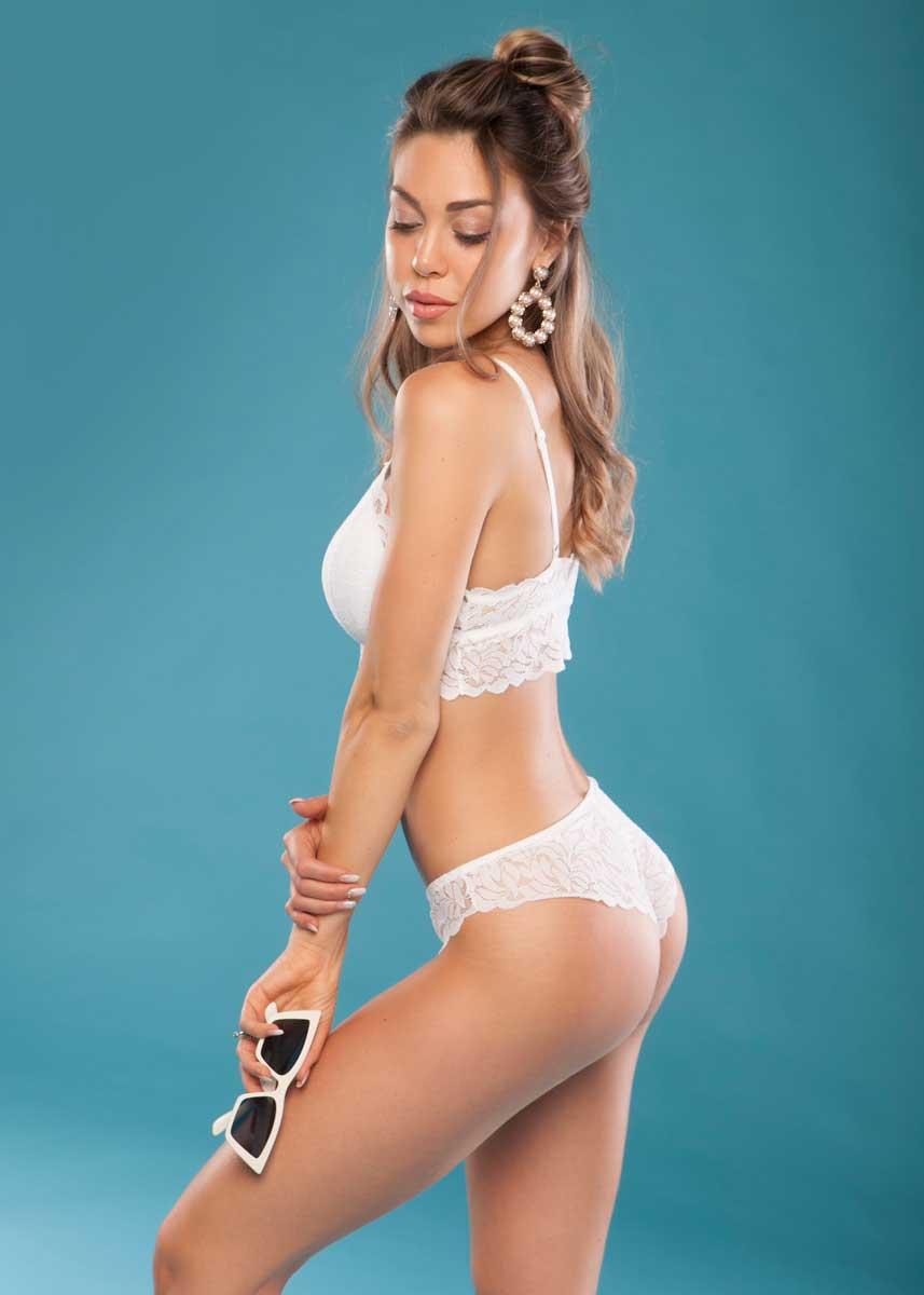 Gemma-International-Photomodel-Agency-Cosmopolitan-Vogue-Marie-Claire-Grazia-Glamour-Elle-Bazaar-Firenze-Intimissimi