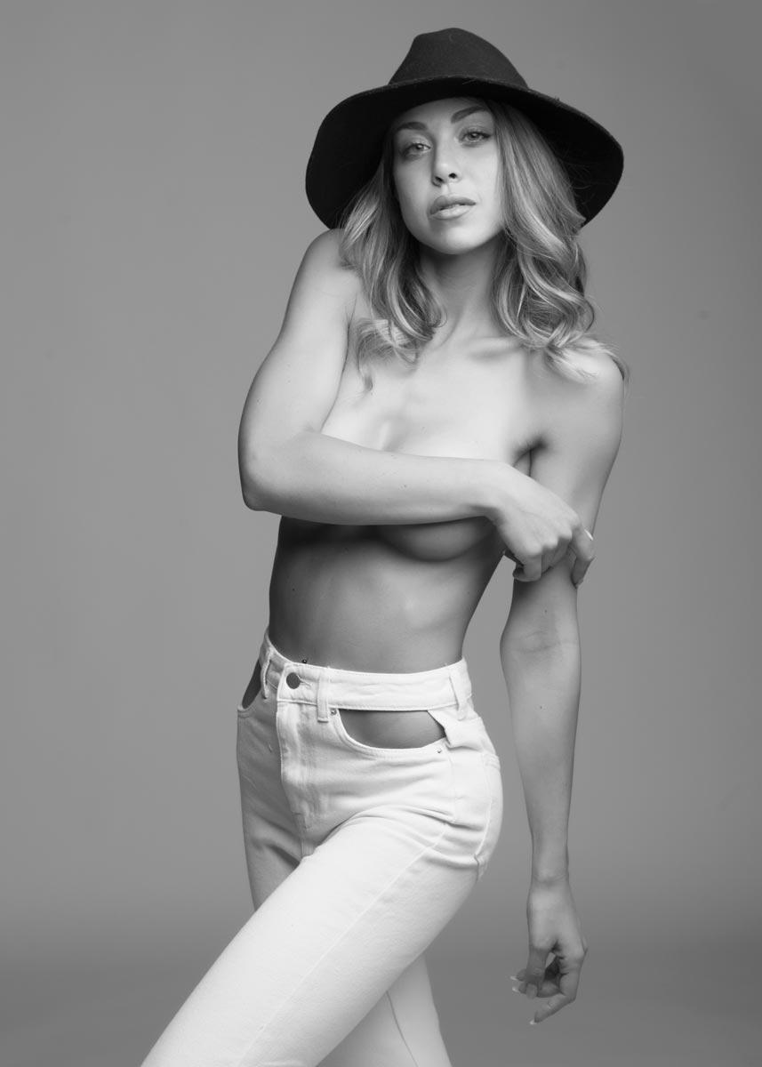 Gemma-International-Photomodel-Agency-Cosmopolitan-Vogue-Marie-Claire-Grazia-Glamour-Elle-Bazaar-Glamour-Londra