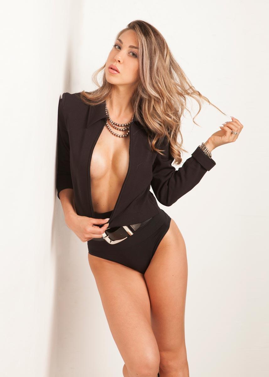 Gemma-International-Photomodel-Agency-Cosmopolitan-Vogue-Marie-Claire-Grazia-Glamour-Elle-Bazaar-Milano-Parah