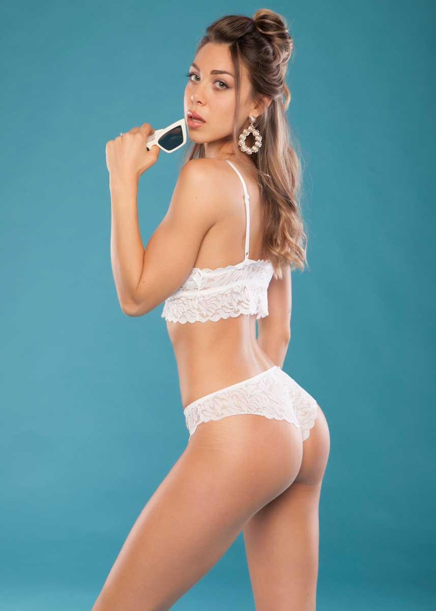 Gemma-International-Photomodel-Agency-Cosmopolitan-Vogue-Marie-Claire-Grazia-Glamour-Elle-Bazaar-Milano-Victoria-Secrets