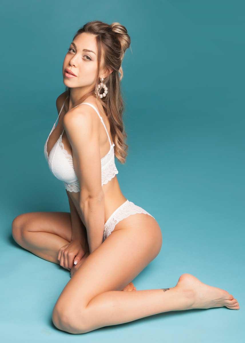 Gemma-International-Photomodel-Agency-Cosmopolitan-Vogue-Marie-Claire-Grazia-Glamour-Elle-Bazaar-San-Francisco-Victoria-Secrets