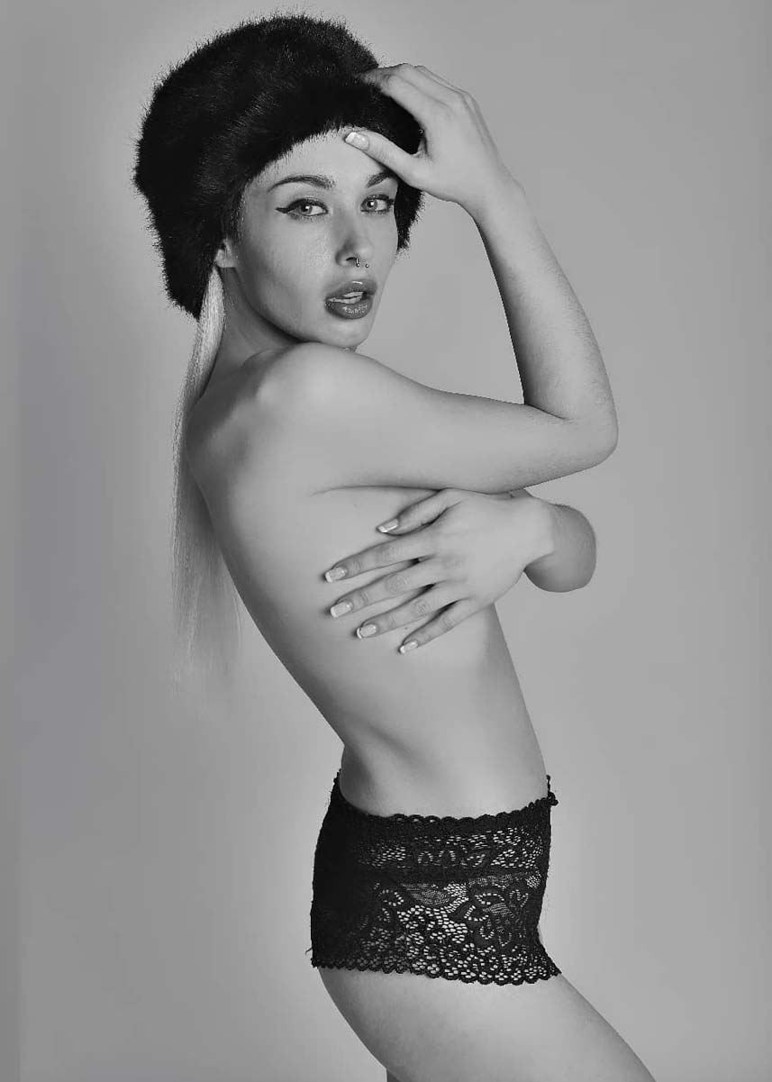 Lorenza-International-Petite-Photomodel-Agency-Melbourne