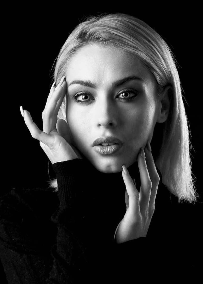 Lorenza-International-Photomodel-Agency-Milan-Parigi