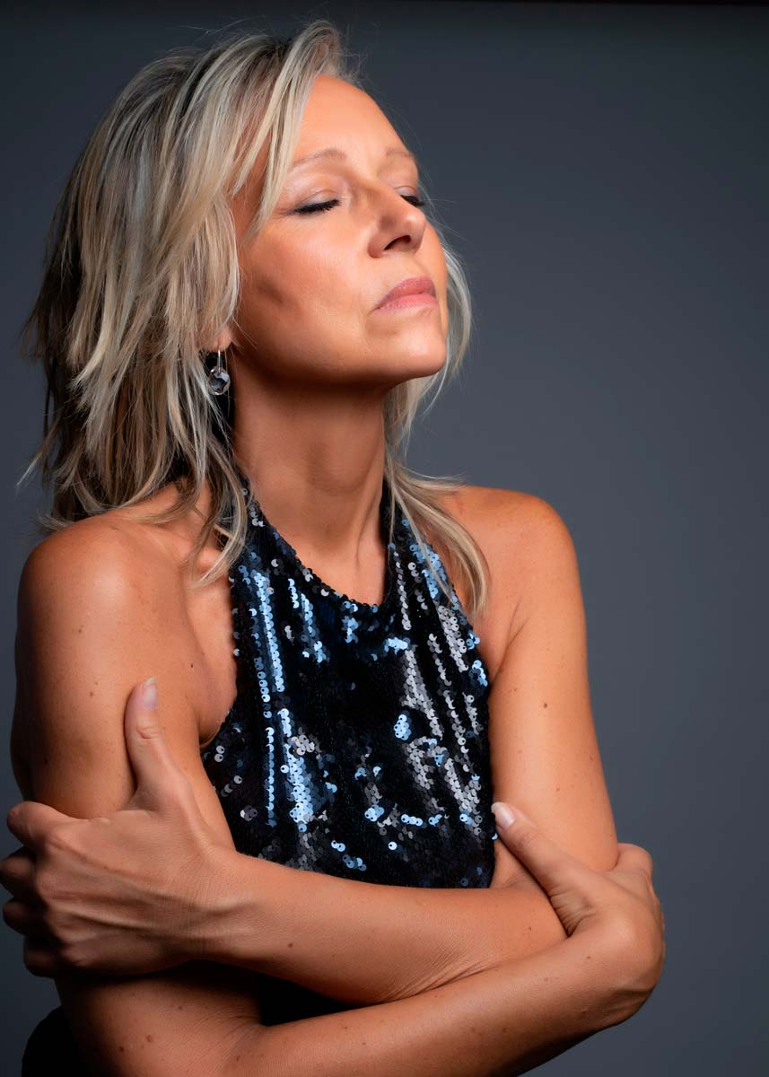 Marta-International-Photomodel-Over-50-Actress-Agency-Cosmopolitan-Vogue-Marie-Claire-Grazia-Glamour-Elle-Bazaar-Cairo