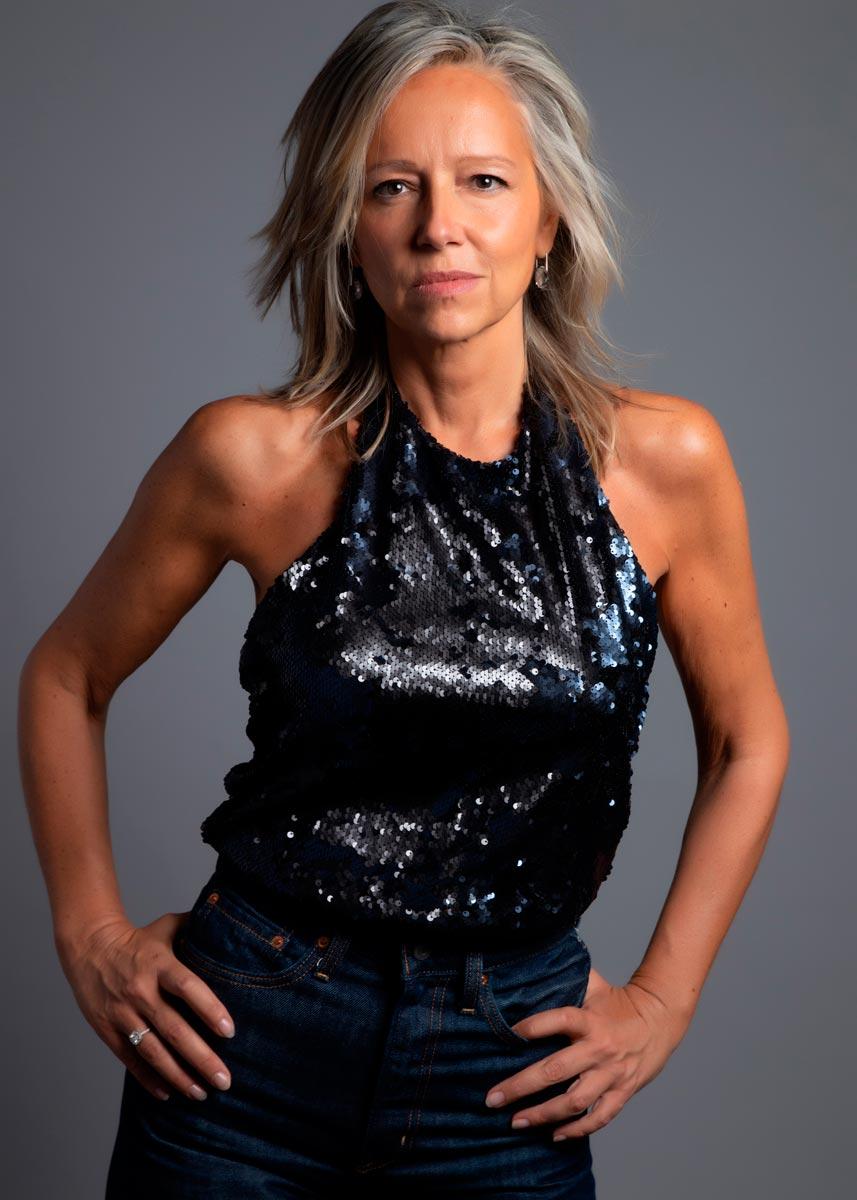 Marta-International-Photomodel-Over-50-Actress-Agency-Cosmopolitan-Vogue-Marie-Claire-Grazia-Glamour-Elle-Bazaar-Honk-Kong-2