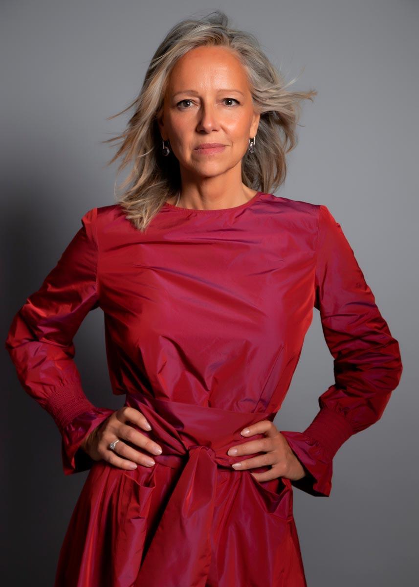 Marta-International-Photomodel-Over-50-Actress-Agency-Cosmopolitan-Vogue-Marie-Claire-Grazia-Glamour-Elle-Bazaar-London