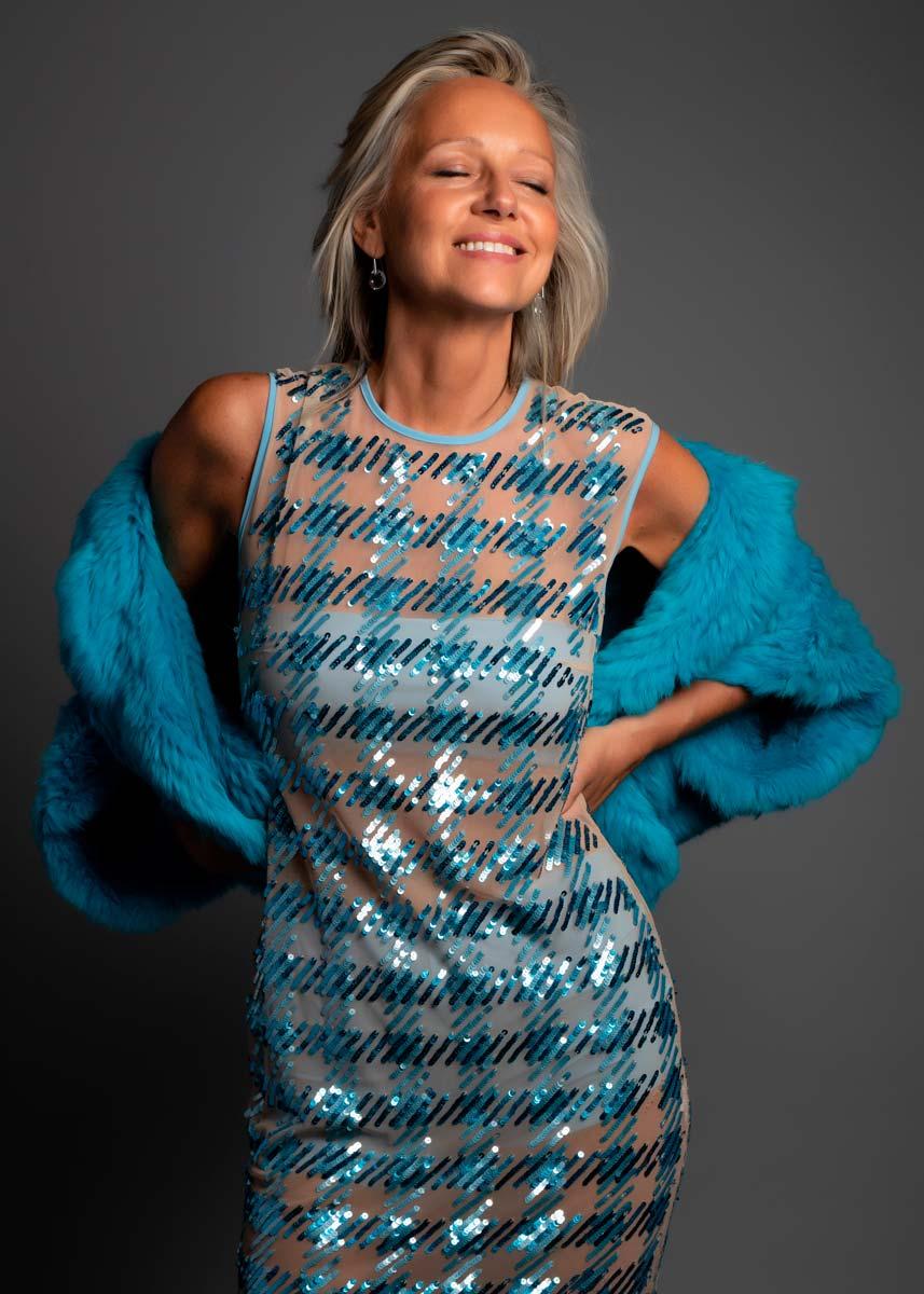 Marta-International-Photomodel-Over-50-Actress-Agency-Cosmopolitan-Vogue-Marie-Claire-Grazia-Glamour-Elle-Bazaar-Los-Angeles