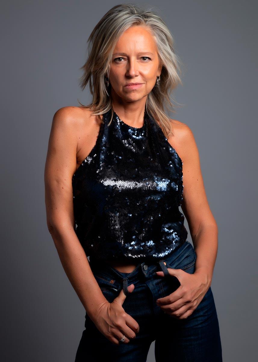 Marta-International-Photomodel-Over-50-Actress-Agency-Cosmopolitan-Vogue-Marie-Claire-Grazia-Glamour-Elle-Bazaar-Milano