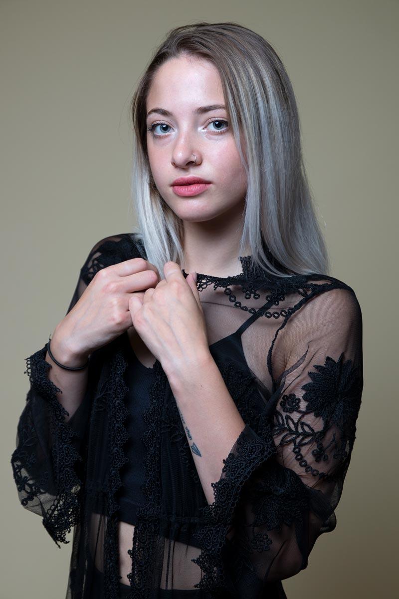 Pamela-International-Petite-Photomodel-Agency-Paris-Fashion-Week-Vogue-Max-Mara