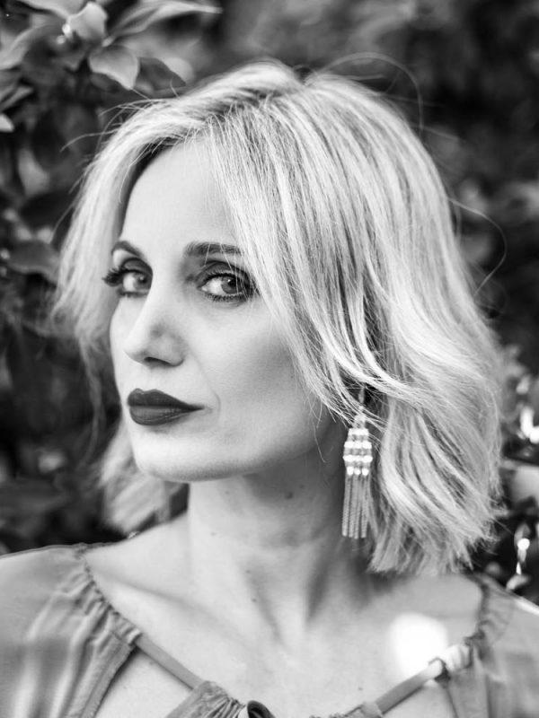 Adriana-International-Photomodel-Actress-Agency-Vogue-Marie-Claire-Elle-Editorial-Magazine-Rome-Immagine-Evidenza